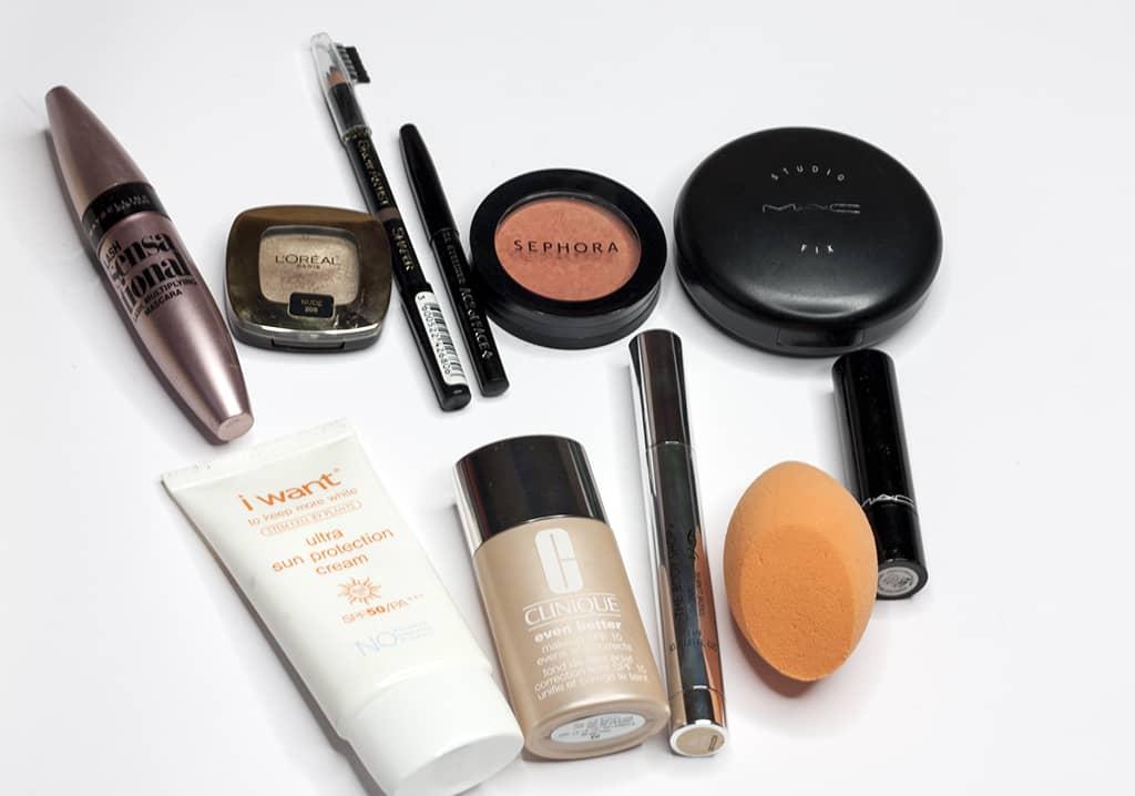 kosmetyczka na wyjazd